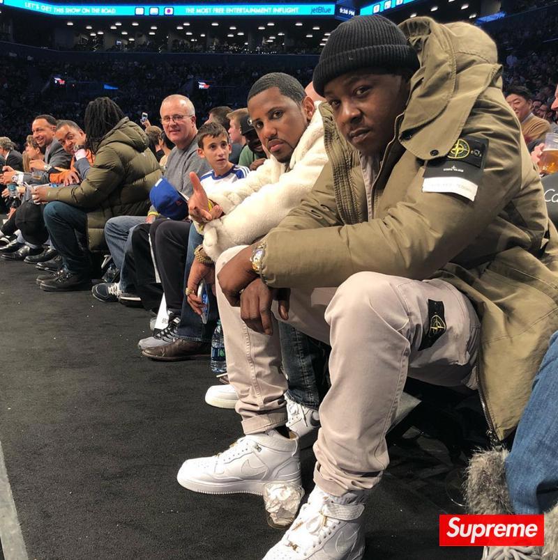 阿姆上脚!埃米纳姆(Eminem)演绎超限量 Air Jordan 4